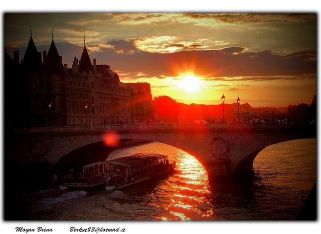 Feel the romance in Paris