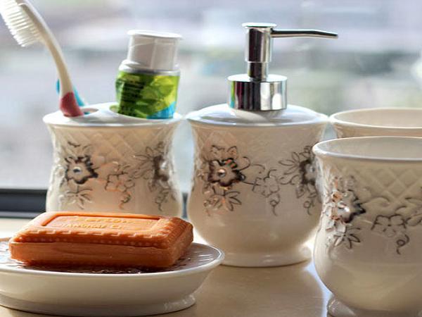 bathroom-kit-housewarming-gift