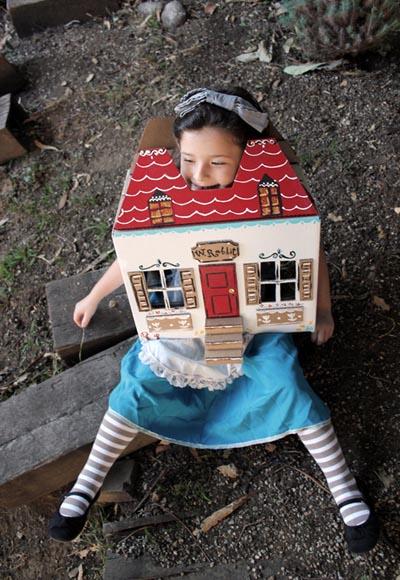 alice-in-wonderland-halloween-costume