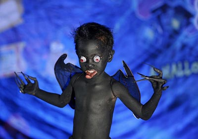 scary-halloween-costume-for-kids